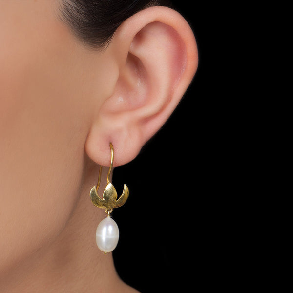 Floral Silver Pearl Drop Earring Gold Plated