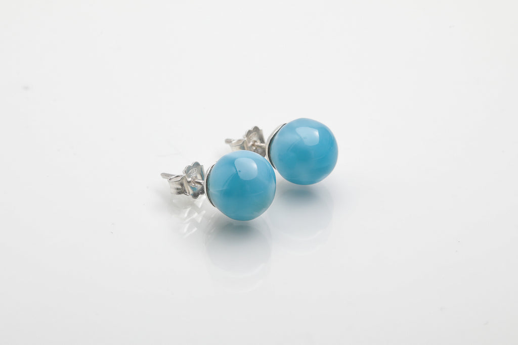 Larimar Beads... why are they so hard to find in the Dominican market?