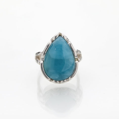 Larimar Ring, Advik