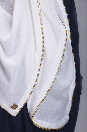 Vela White Edge Zipper Scarf