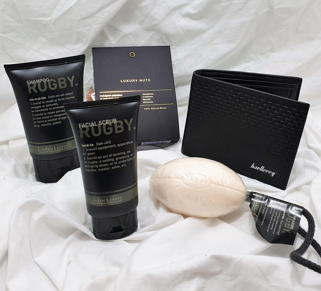 Rugby toiletry gift with wallet