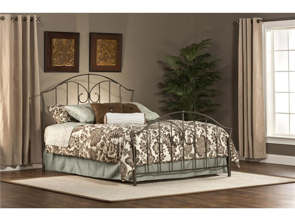 Hillsdale Furniture 1002-500 Zurick Bed Set - Queen - Rails not included