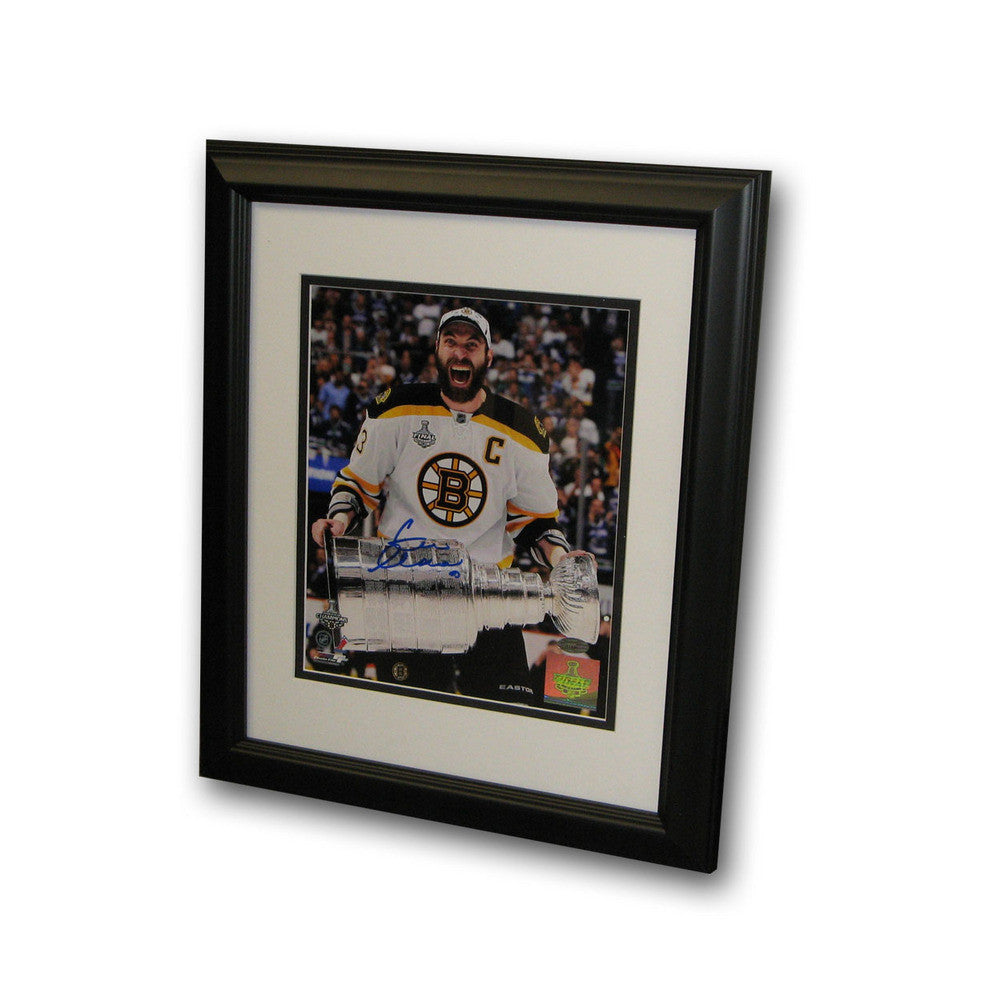 Autographed Zdeno Chara Cup Scream 8x10 inch framed Photo
