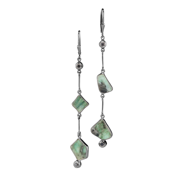 Lyja - Emerald Gunmetal Link Earrings