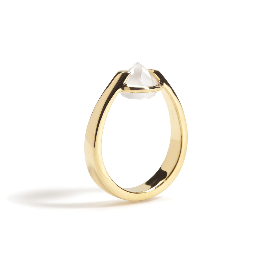 Bravery - 6 Ct White Onyx Polished Gold Ring