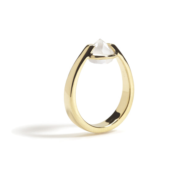 Bravery - 3 Ct White Onyx Polished Gold Ring