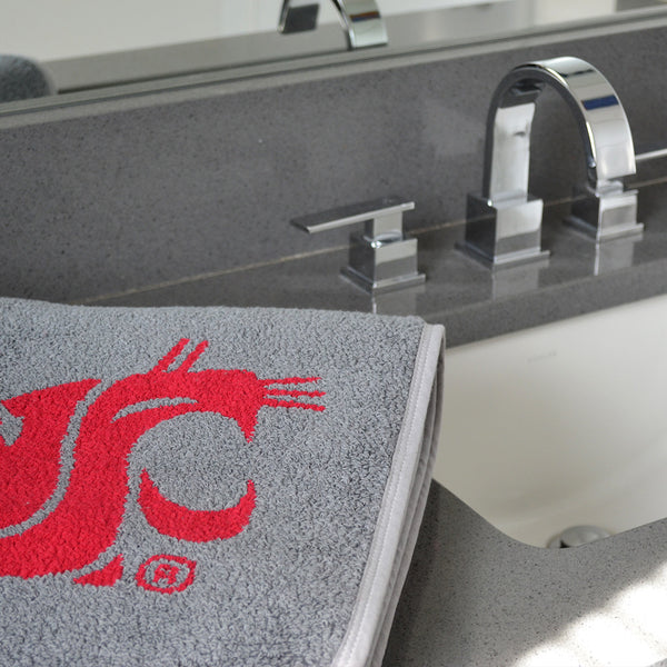 WSU bath towel crimson logo