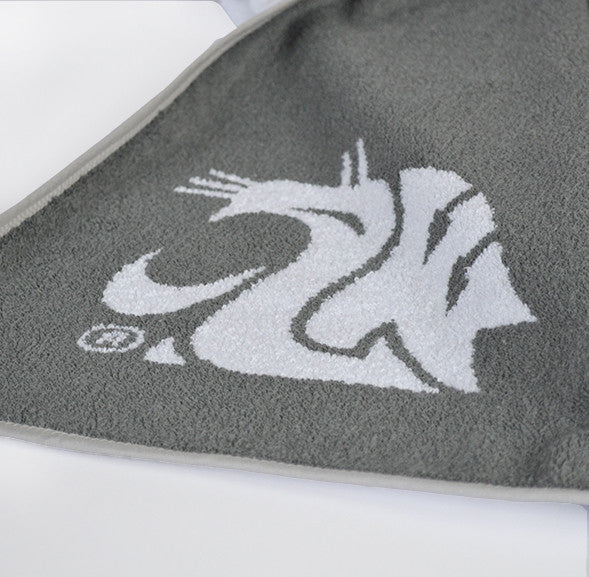 Reverse side of gray logo WSU towel in jacquard