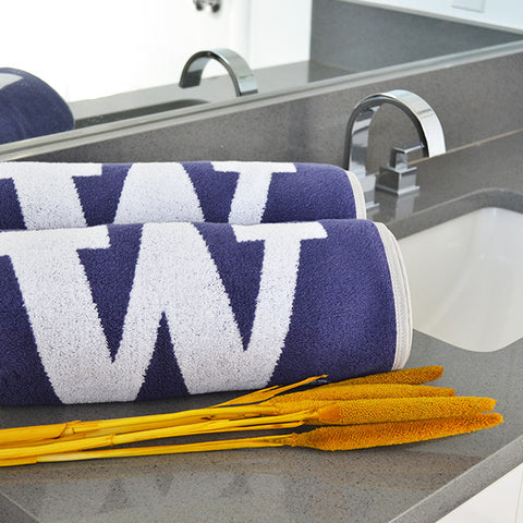 The Ultimate UW Homecoming (Gift Pack)
