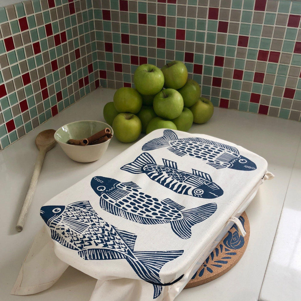 Dish and Casserole Cloth Cover Rectangle Fish Print | casserole dish with handles