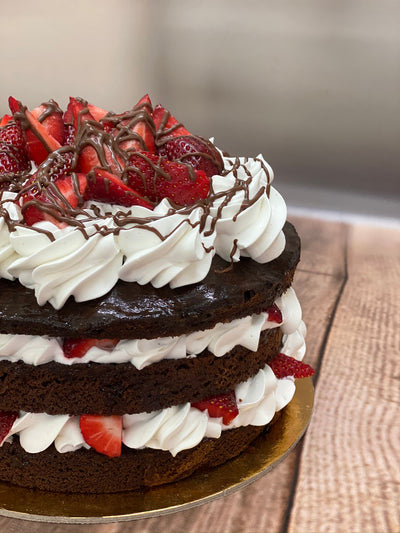Fresh Strawberries & Chocolate Cake