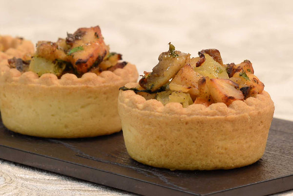 Mini tarts with apple and camembert,mushroom and curry chicken - Mannarinu - 2