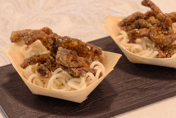 Oriental crispy beef topped with sesame seeds - Mannarinu - 3