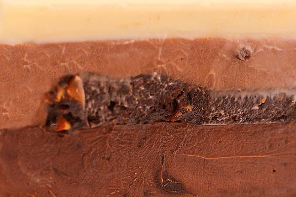 Triple Chocolate Mousse Cake - Mannarinu - 3