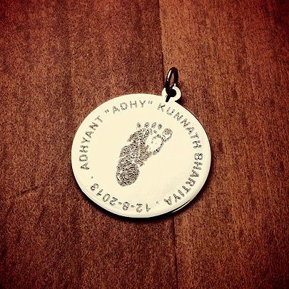 Custom engraved single baby footprint disc charm pendant in 14k gold