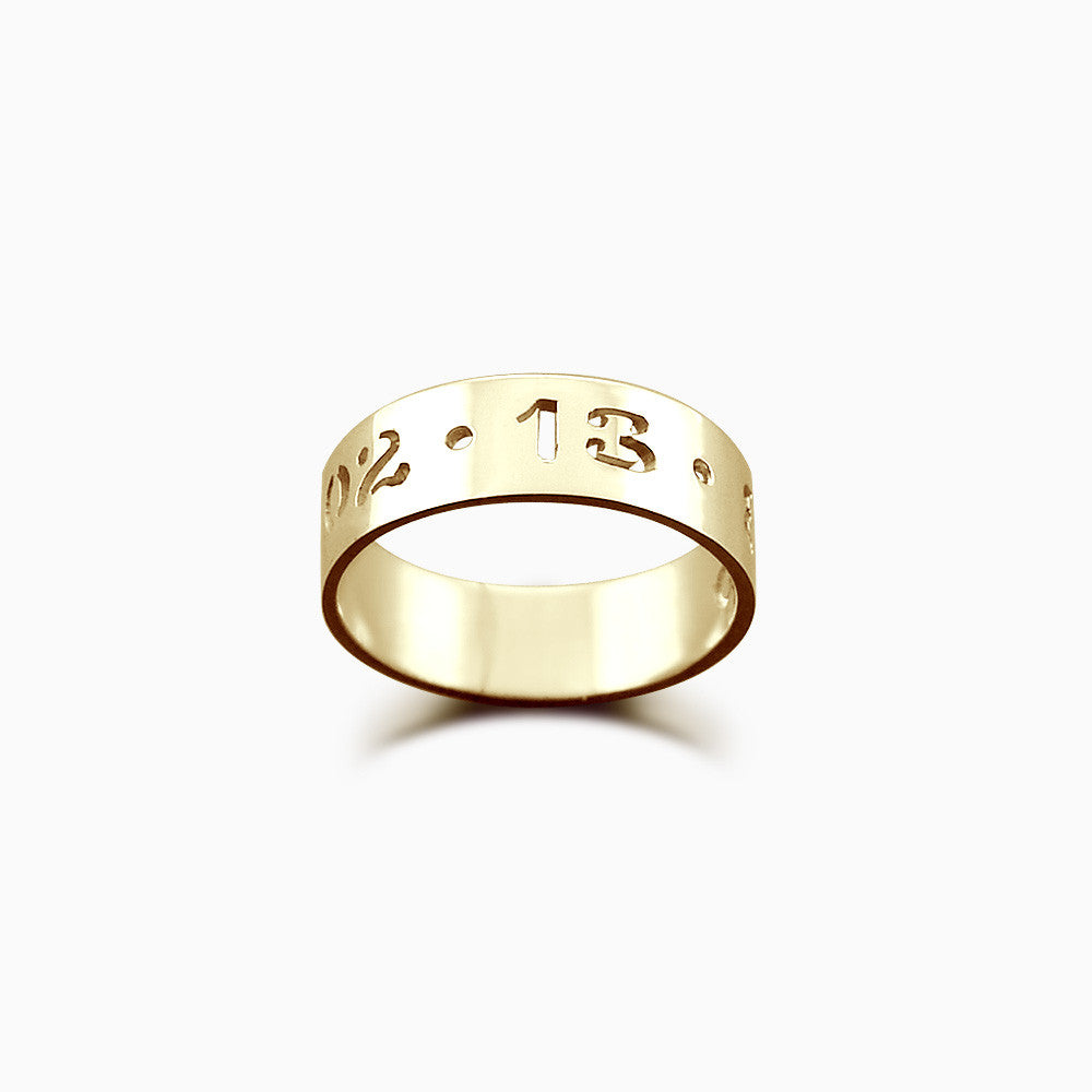 5mm 14k Gold Cutout Date Ring