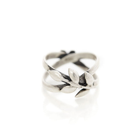 Heart and Wreath Ring - wreath
