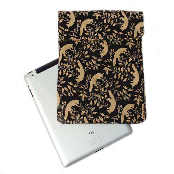 Sleeve: Flying Foxes iPad