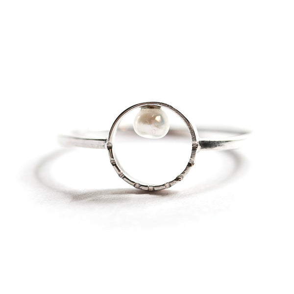 Silver & Freshwater Pearl Ring (Full Circle)
