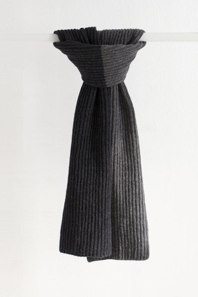 HALF MOON SCARF GREY/CHARCOAL