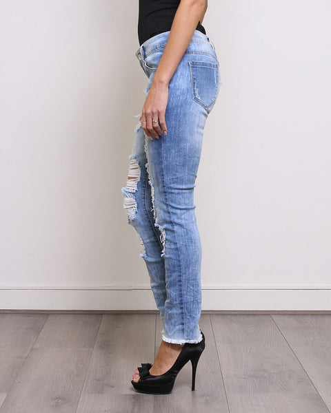 Distressed Boyfriend Jeans - Jezzelle