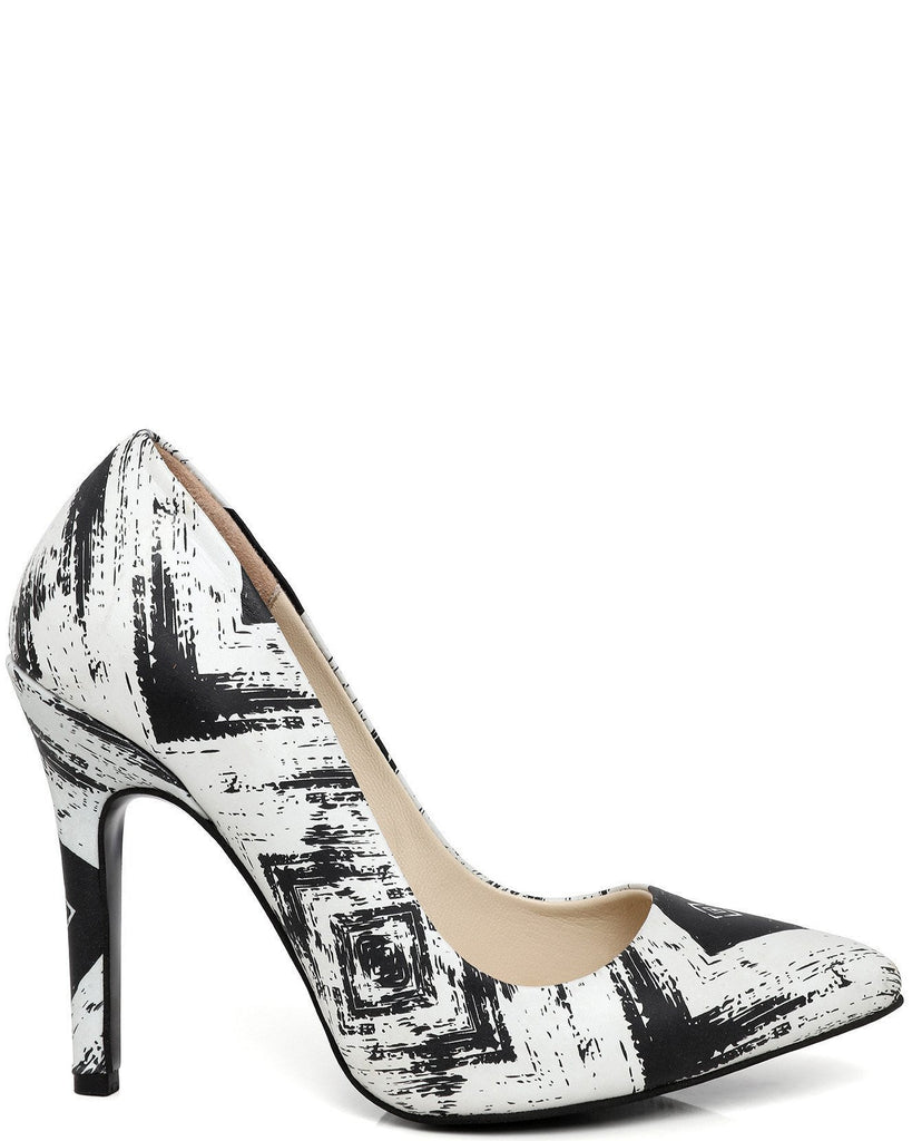 Black & White Leather Pumps - jezzelle  - 1