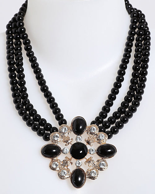Black Pearls Pendant Necklace - Jezzelle
