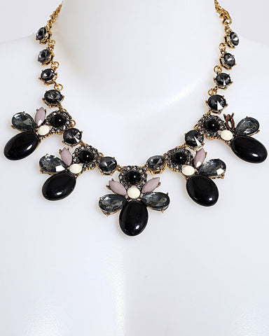 Black and Gold Necklace - Jezzelle