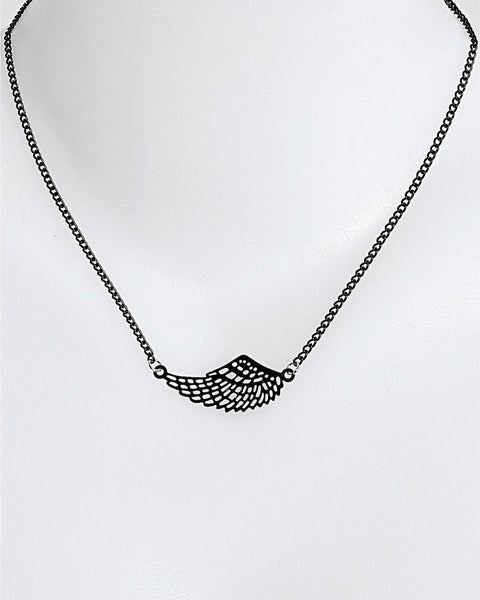 Black Metal Wing Necklace - Jezzelle