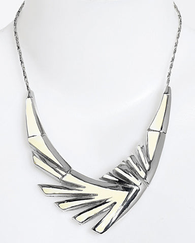 Enamel Metal Wing Necklace - Jezzelle