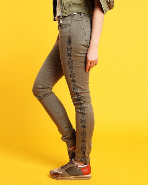 Embroidered Khaki Jeans-Jezzelle
