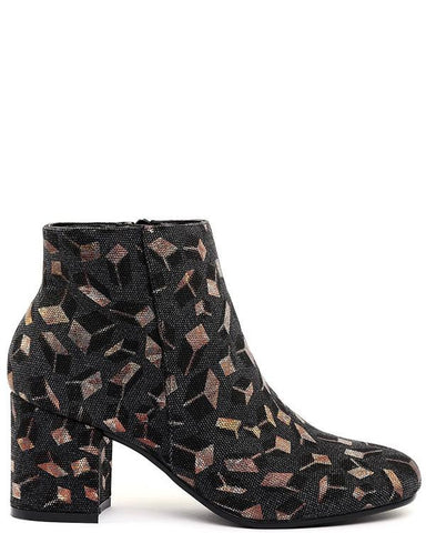 3D Cube Print Block Heel Ankle Boots