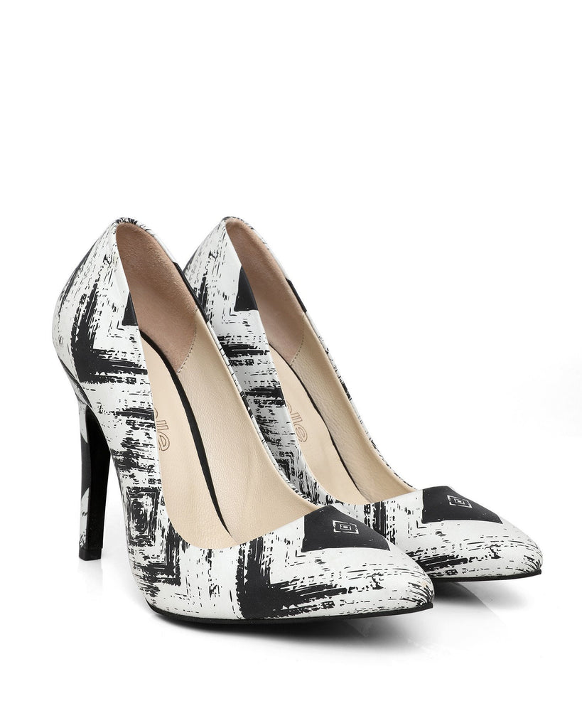 Black & White Leather Pumps - jezzelle  - 3