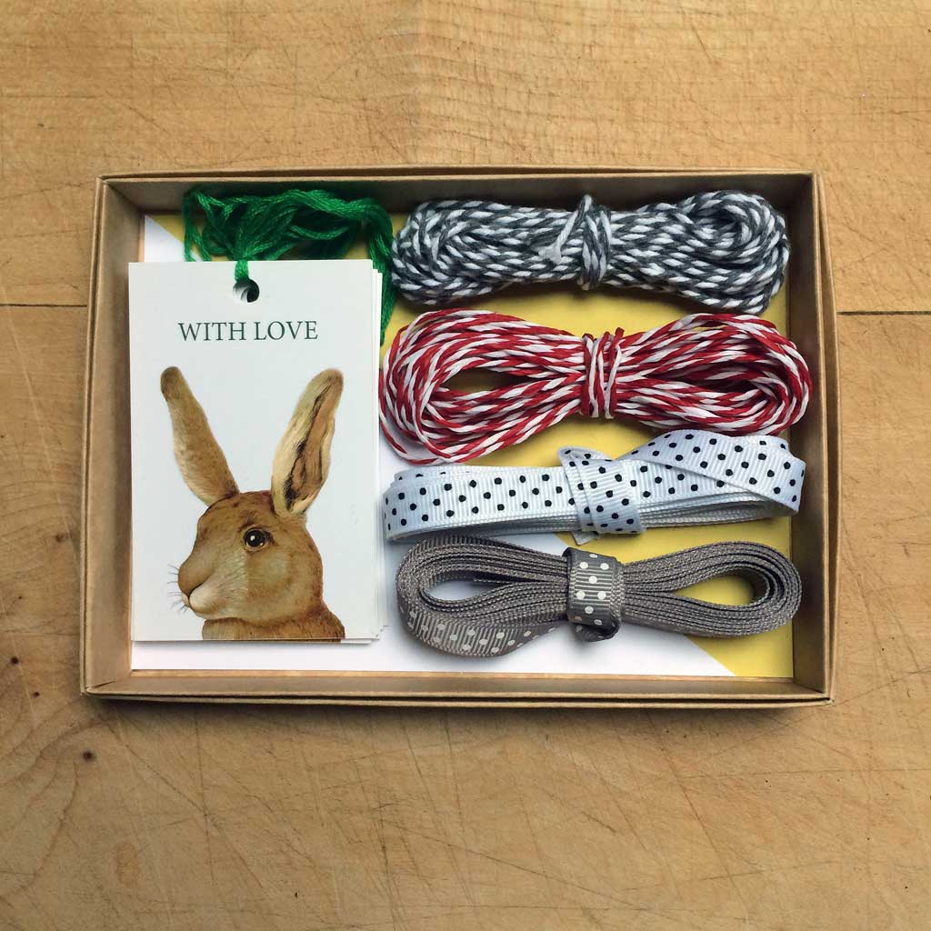 Rabbit gift wrapping set