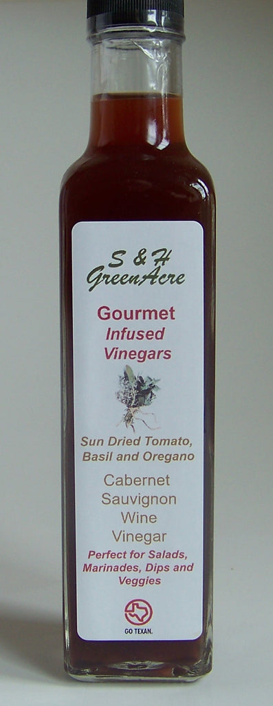 Gourmet Vinegar: Sun Dried Tomato, Basil and Oregano