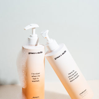 close up of shampoo + conditioner Set