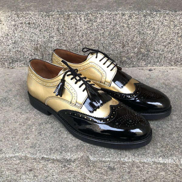 MARIA Gold with black gloss details - Size 40