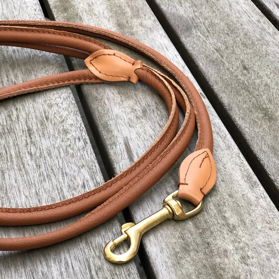 Padded Rolled Dog Leash Cognac
