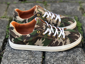 LOW SNEAKERS Camouflage Suede
