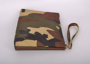Wristlet Camouflage