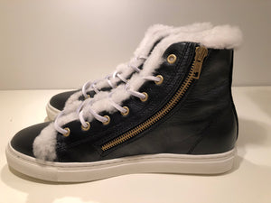 WINTER SNEAKERS  Black Leather