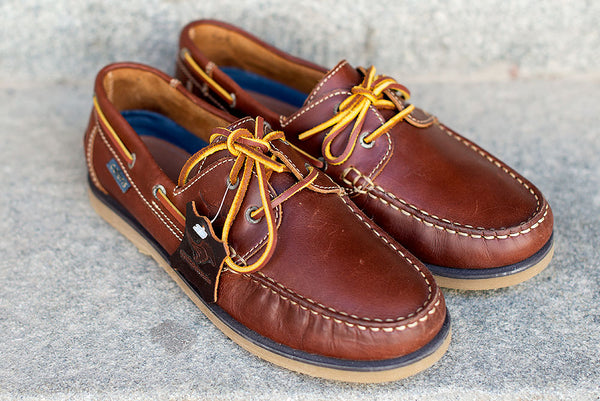 VELA - Chestnut brown