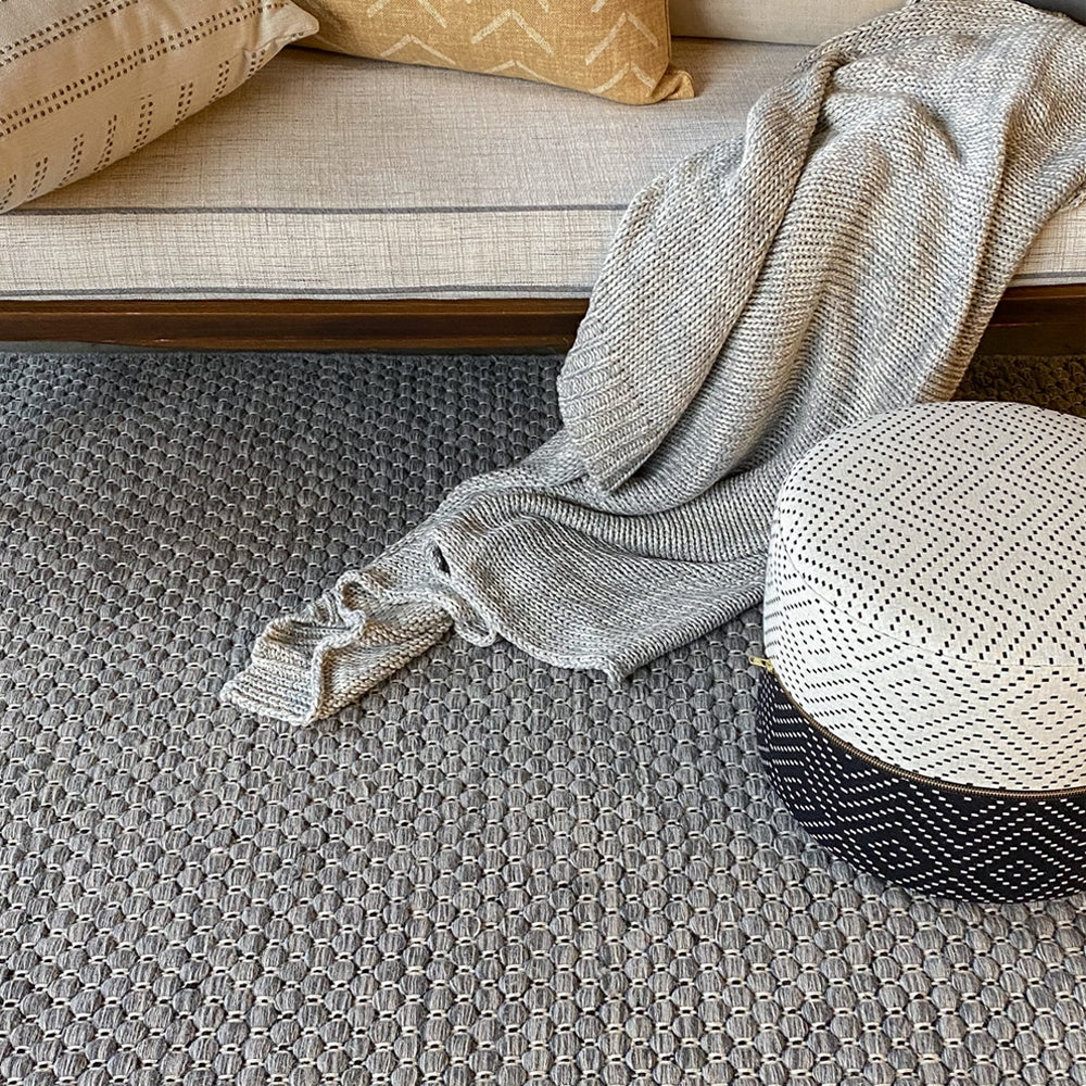 Ponto Wool Rug, Heathered Grey