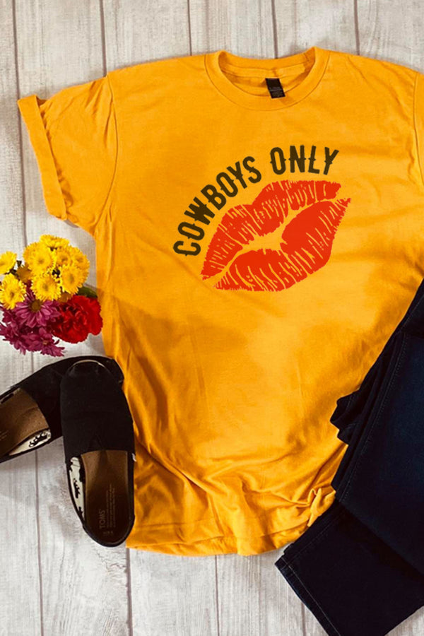 Cowboys Only Lips Unisex Blend Tee