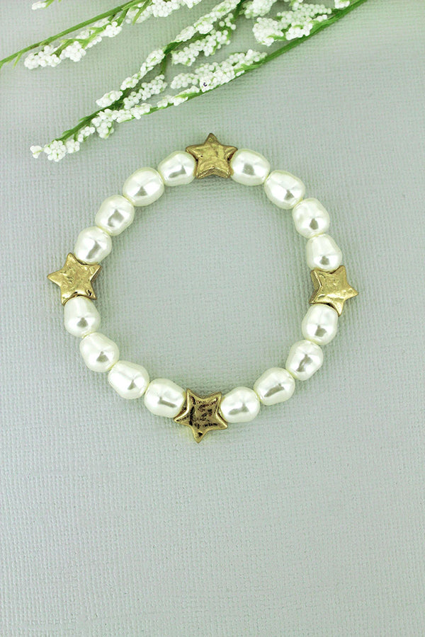 Crave Freshwater Pearl and Worn Goldtone Star Stretch Bracelet