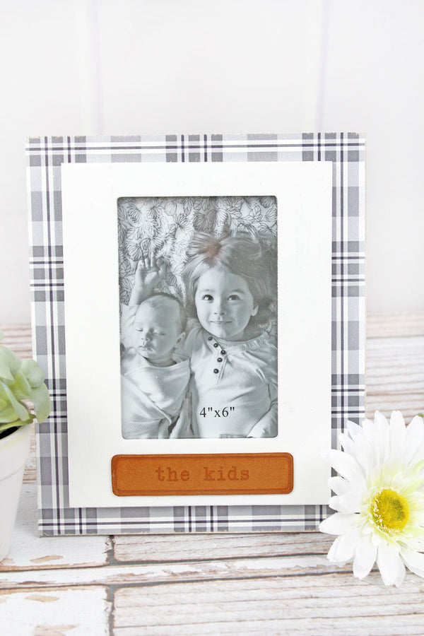 9.5 x 7.75 'The Kids' Leather Tag Wood 4x6 Photo Frame