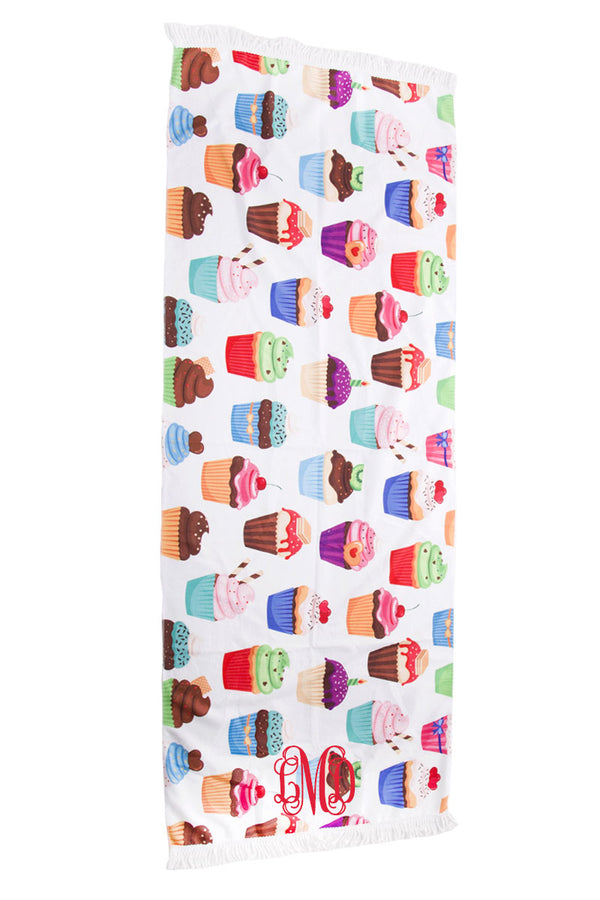 Cupcakes Beach Towel