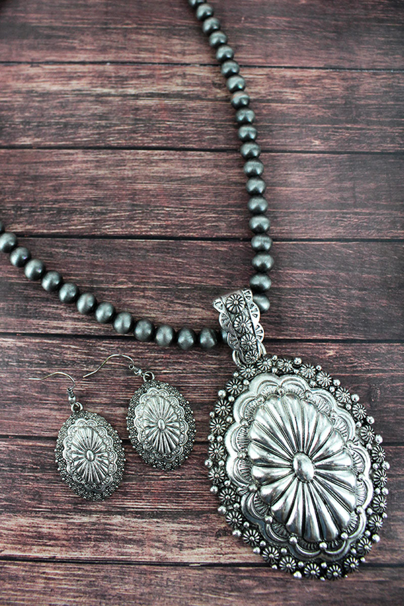 Silver Navajo Pearl Concho Pendant Long Necklace And Earring Set
