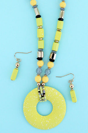 Yellow Speckled Circle Pendant Beaded Necklace and Earring Set
