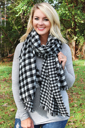 Rustic Charm Buffalo Check Scarf, Black and White
